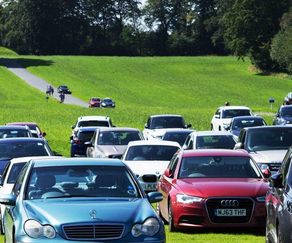 parking grand public du 1er concours Européen d'élégance automobile et éco-mobilité Strasbourg Passions et Élégance