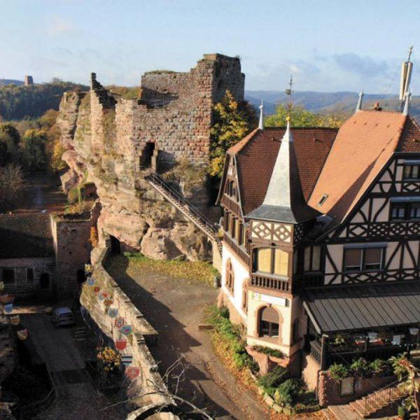 Saver chateau du haut barr itinérantes balades thématiques visites tourisme voyage découverte